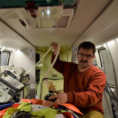 Представлен новый медицинский модуль для вертолета «Ансат»
