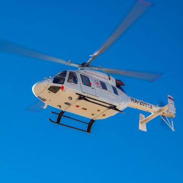 На пожар в деревню Попово экстренно вылетел вертолет санавиации