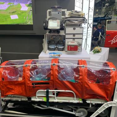 На HeliRussia 2020 представили вертолетный медицинский модуль для «сквозной» транспортировки пациентов